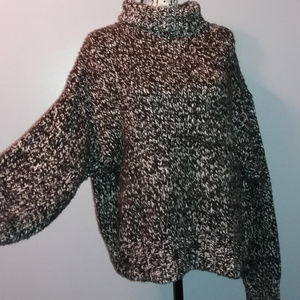 Zara Black And White Oversized Knit Sweater